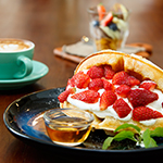 Soft Launch Cafe & Dessert @ Sri Petaling KL: Strawberry Waffle Craze